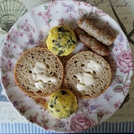 Button Scrambled Eggs with Sausage
